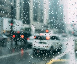 Tips for driving when it's raining